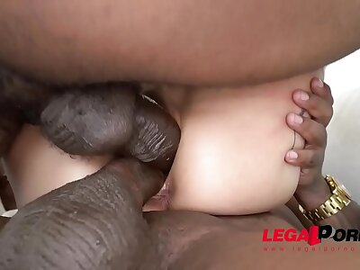 Luna Lovely's DVP Dick was asking for everywhere 2 HUGE BBC ...She loved it AA052